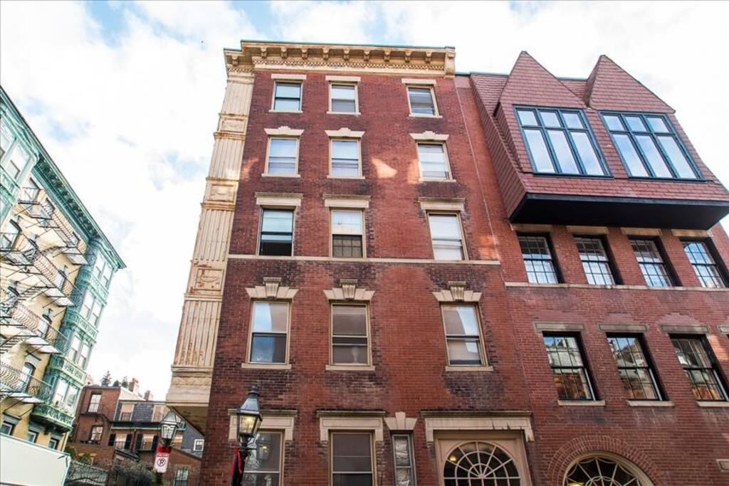 112 myrtle street apartment 7 apartments for rent in for 166 terrace st boston ma