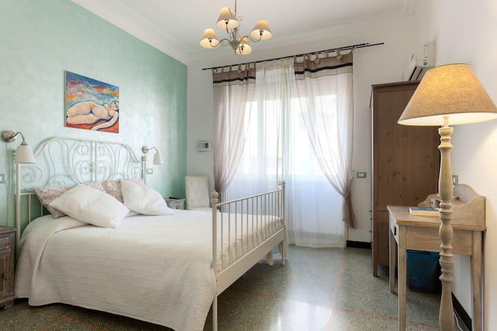 COMFORTABLE DOUBLE ROOM IN ROME - URBI ET ORBI