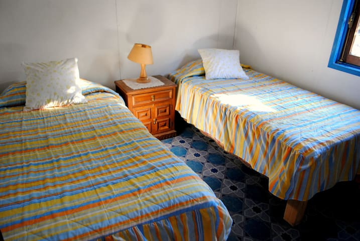 Hostal Amigos 5 person Cabin - Quillota - Bed & Breakfast