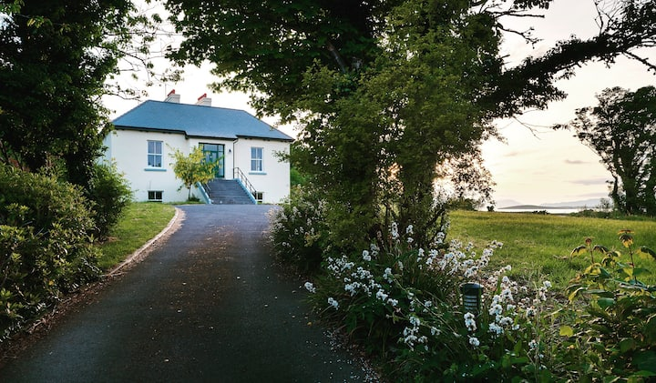 Westport Stunning period house for 10 on Clew Bay