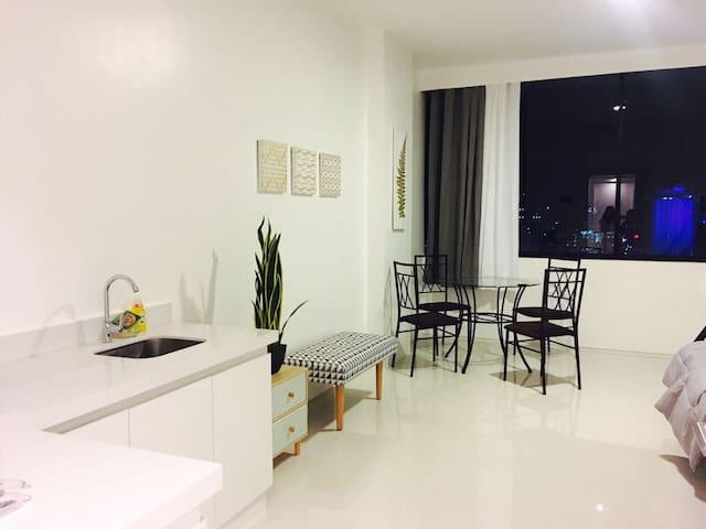 Central Cebu Studio Apartment