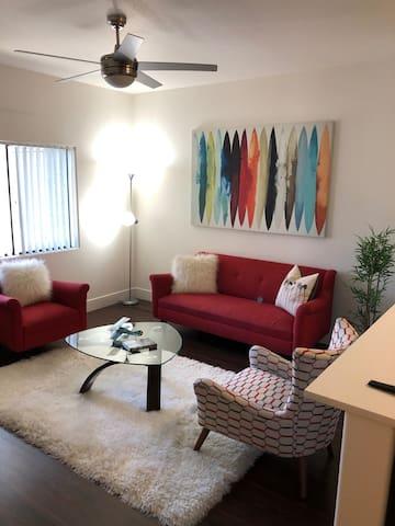 cali's luxury apartment