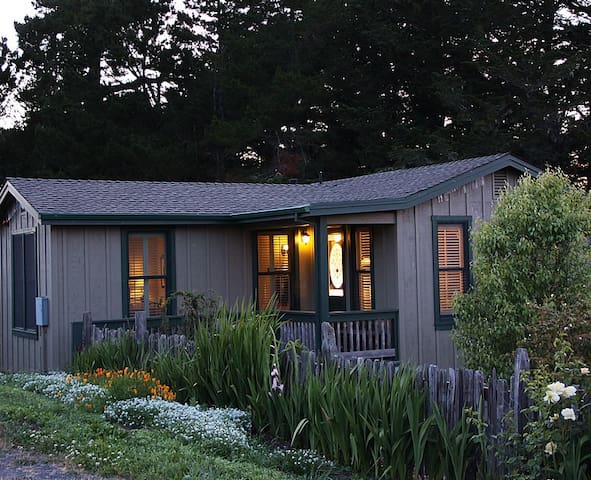 The Cottage at AppleGarden Farm  - Tomales