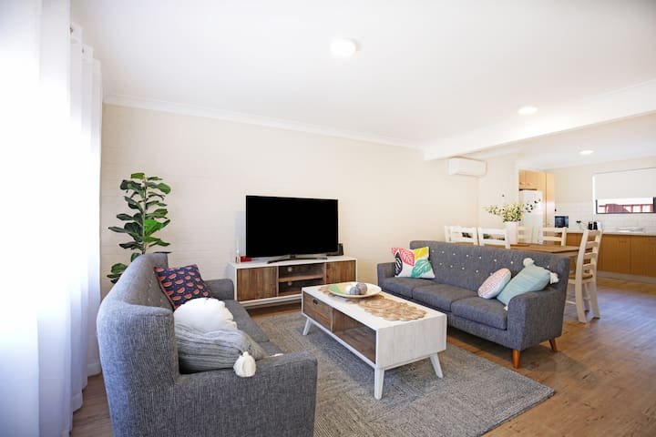 Abode @ Culburra - Pet Friendly - 4 Mins to Beach