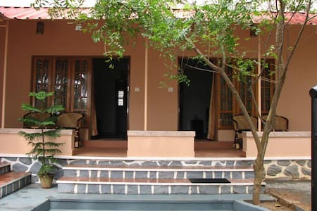 Golden Turtles Homestay - Thiruvananthapuram - Wohnung