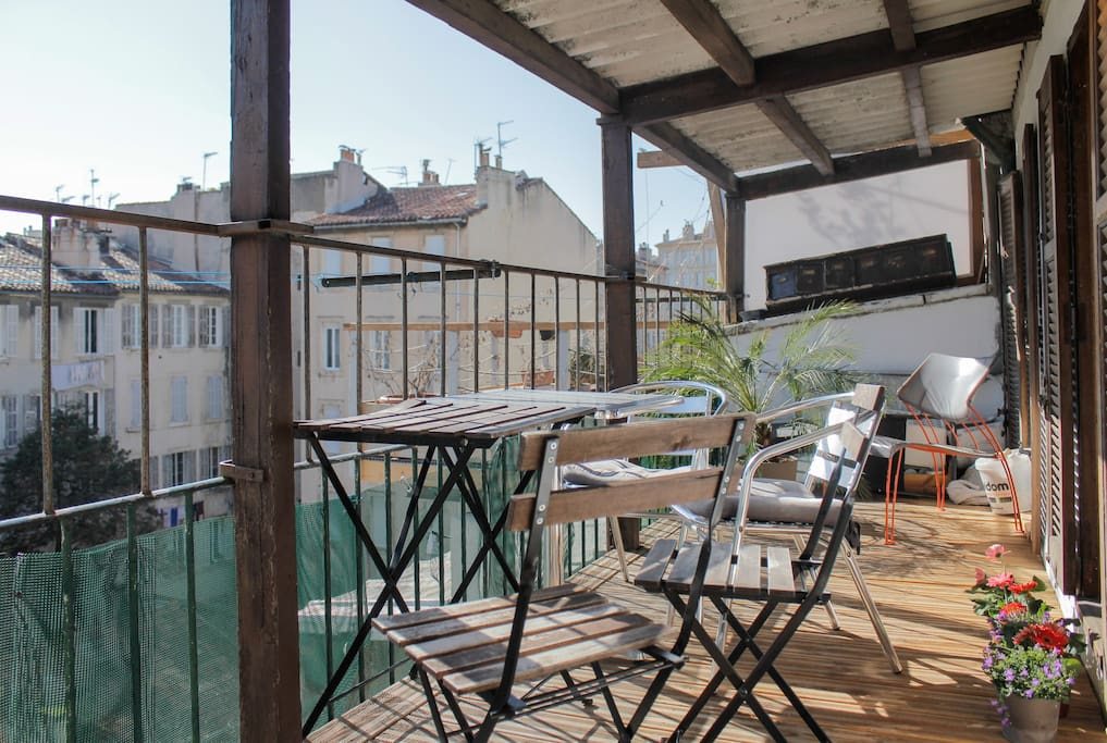 A delightful marseille experience apartments for rent for 3 fenetres marseillais