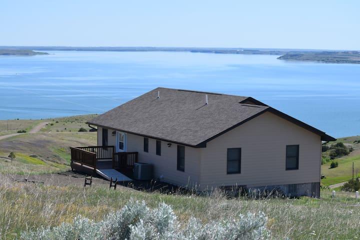 Oahe Lake House