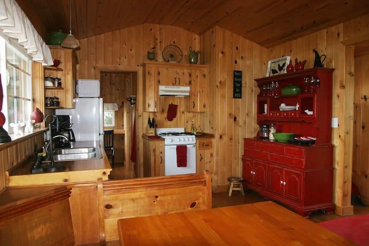Charming Guest Cottage Santa Ynez - Santa Ynez - Talo