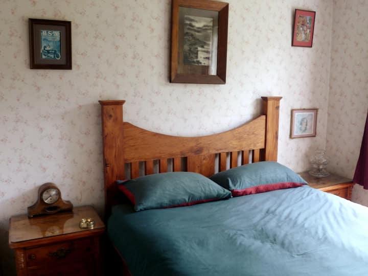 Erewhon cottage - 3 bedroom native bush & beaches