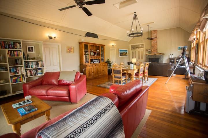 Allandale Lodge - Bed & Breakfast - Pistachio room