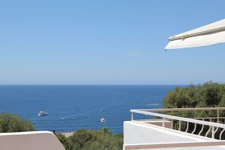 Standing 330M² Architect's Villa. - Casaglione