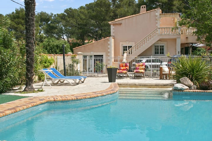 Spacious flat near Aix w pool, WiFi - Velaux - Flat