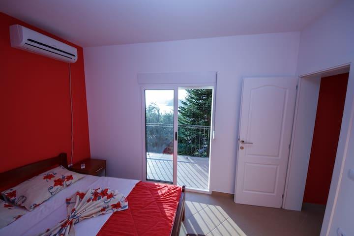 Apartments Sergej - Red - Bar - Apartmen