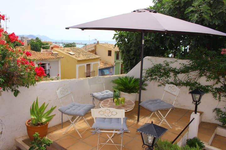 Old townhouse with seaview in Villajoyosa