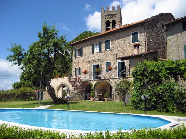 Stunning cottage with view,  pool - Bagni di Lucca