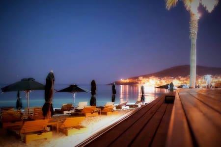 Villa in Athens,Varkiza 5 MIN TO THE BEACH! - Vari