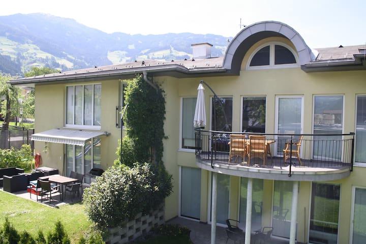 Appartement 2-6 Pers mit Garten - Fügen - 아파트