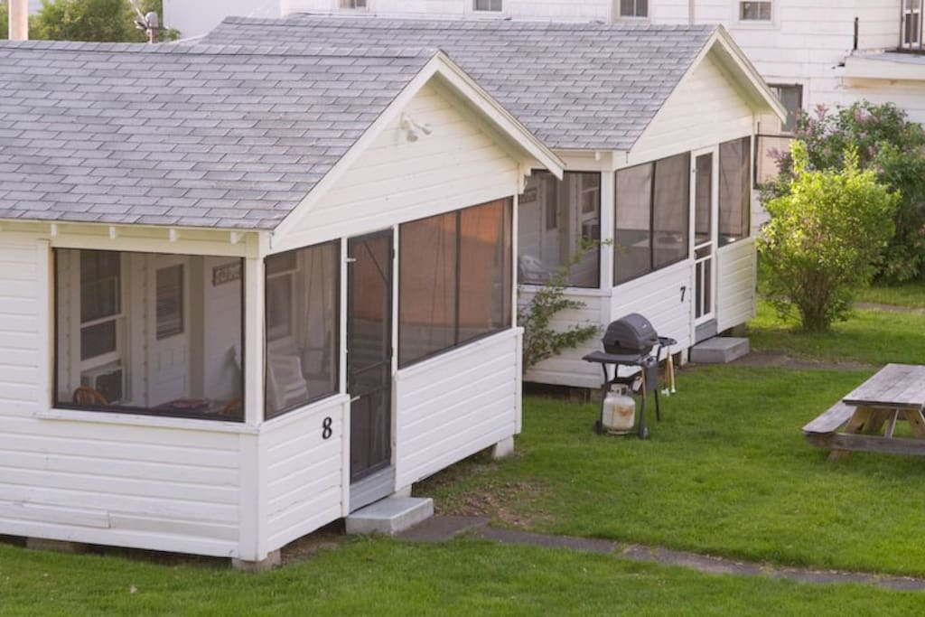 Pretty Cottage #7 & #8 may be combined as a 2-bedroom 2-bath Cottage