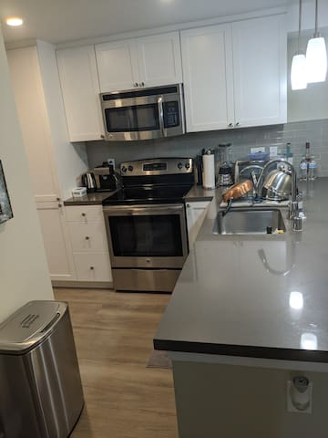 1bed/bath private to rent.