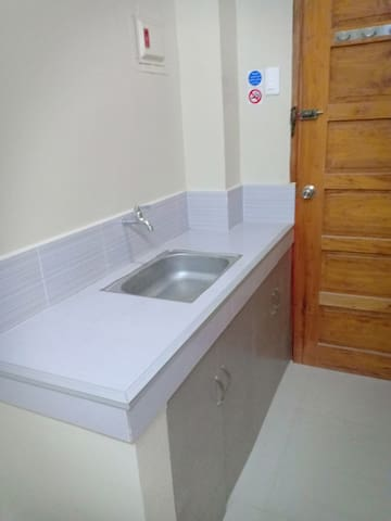 Private room in a quiet residential area!