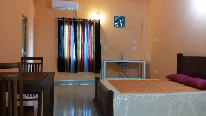 LUXURY ROOM IN MALABE NEAR SLIIT