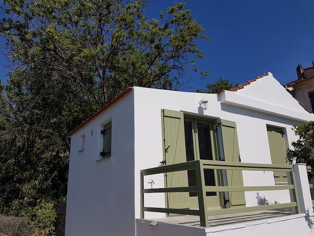 Nefeli Traditional House