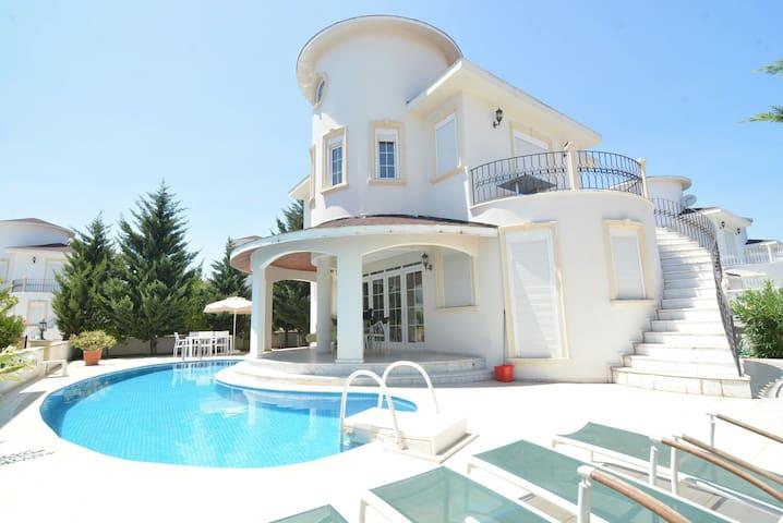 Bella villa 8 - Belek Belediyesi - Talo