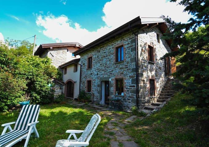 Agriturismo Il Borgo Di Tara - Relax nella Natura