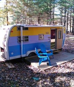 Cozy Vintage Camper - Erwin - Kamp Karavanı/Karavan