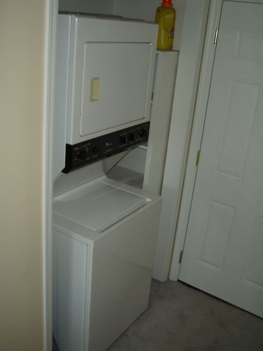 Washer/Dryer & detergant