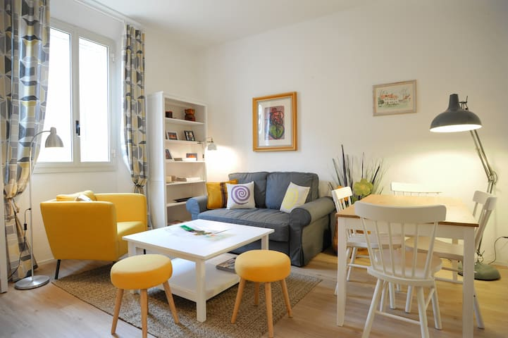 Modern home in Colorful Village - Dozza - Apartament