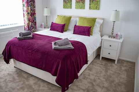 Meadow View - Luxury Self Catering. NEC/Airport