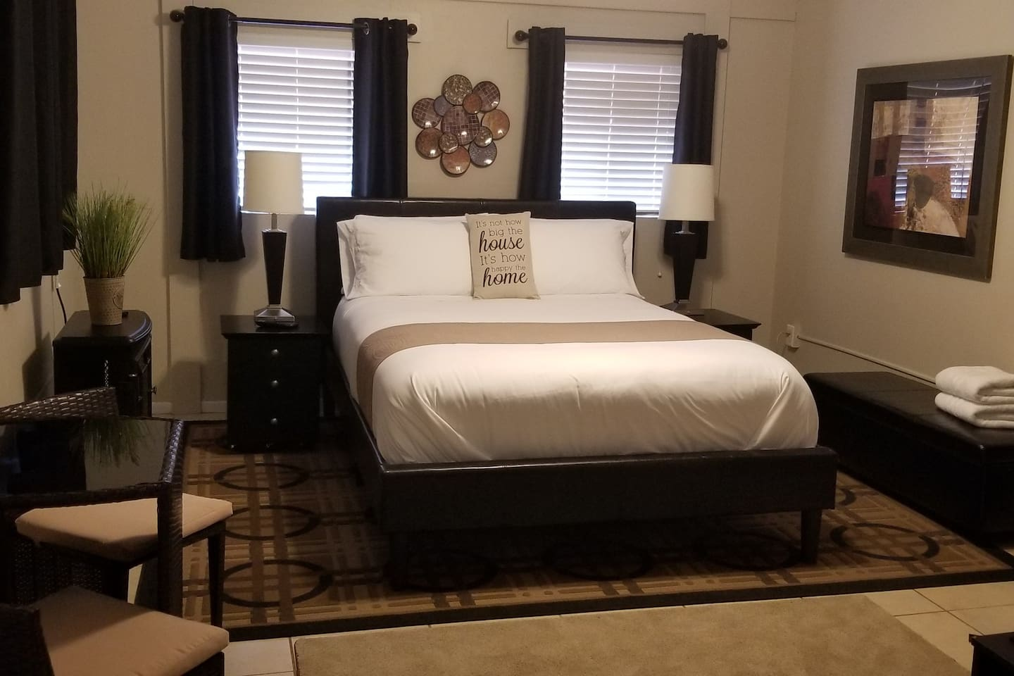 Queen bed but fit for a king! Very comfortable!