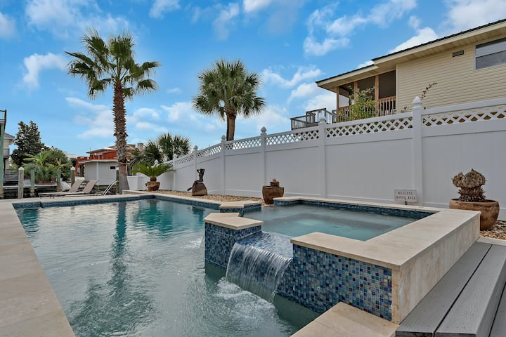 Canal-front home w/ a private pool & pool spa - minutes from the beach!
