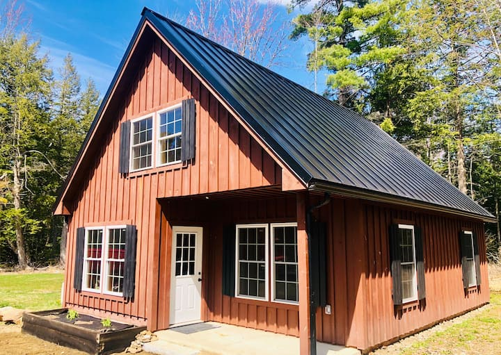Spectacular NEW Custom Lake house