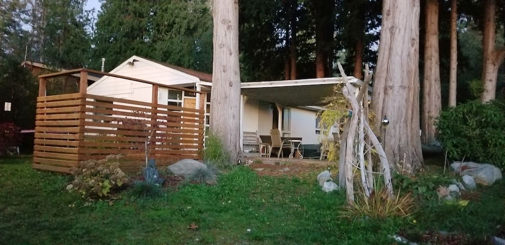 Highlight Cottage in Point Roberts Wa.