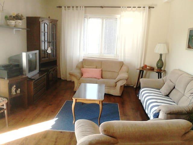 3Bedroom Apartment in Pirovac - Pirovac - Apartemen