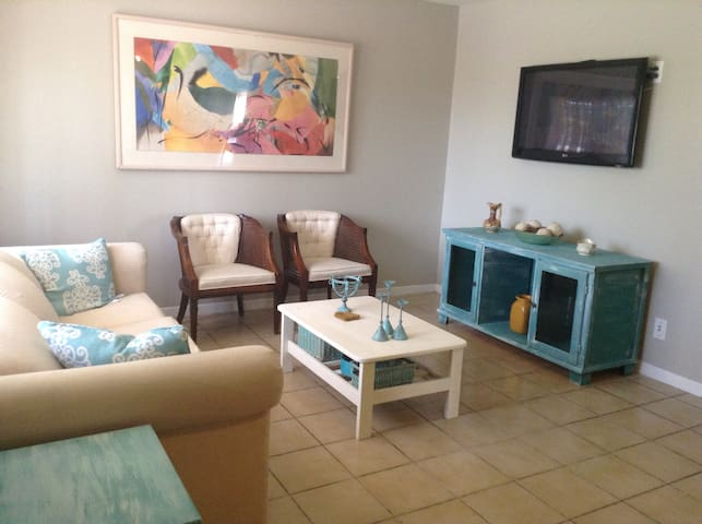 Bright and spacious 2 bedroom home - West Palm Beach - Casa
