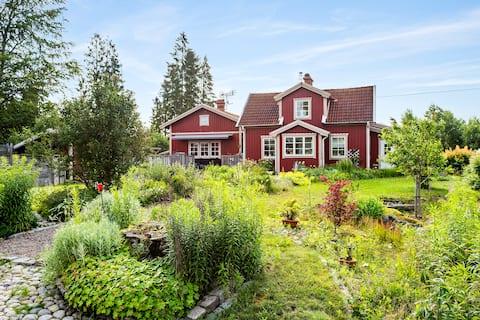 Exklusiv villa med lantligt och idylliskt läge