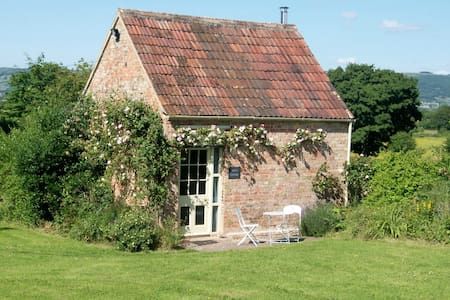 Ian's Cottage a peaceful country cottage for two. - Wedmore - 一軒家