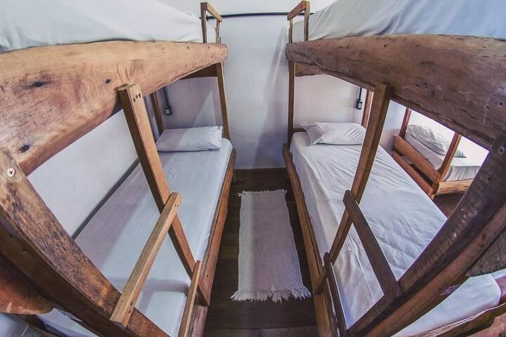 HI Pantanal Backpacker - Cama Ind - Suíte Coletiva