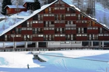Luxurious apartment in Cervinia - Apartment