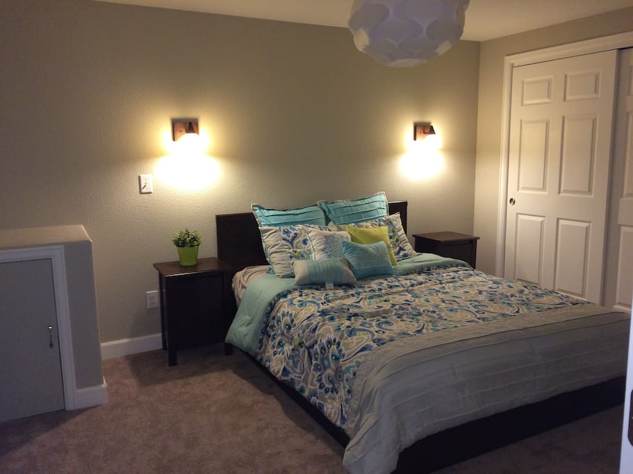 Entire Priv Entry Walkout Basement Houses For Rent In