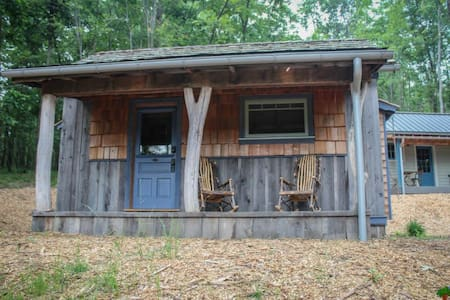 MoonShine Cabin on Deep Creek Lake - Chatka