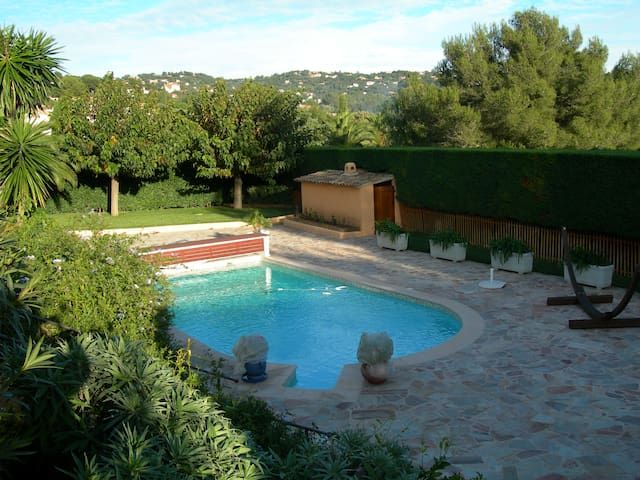 Villa de charme Golfe Saint Tropez - La Croix-Valmer - Huis