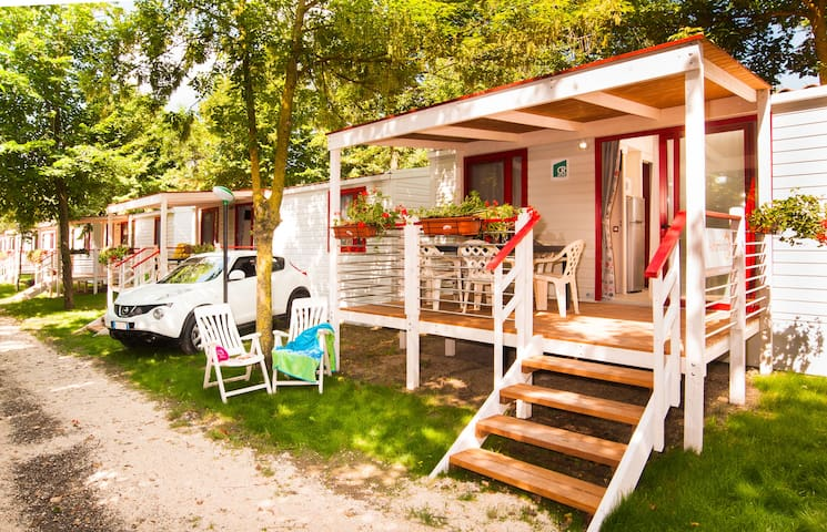 Premium 3 Mobile Homes in 5* Holiday Village