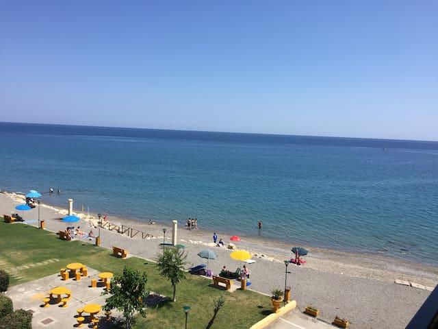 Casa vacanza vista mare(parco priv) - Province of Cosenza - Leilighet