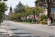 Avenida principal de Ayerbe