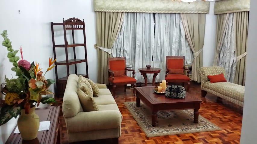 2-bedroom apartment in Ortigas CBD - Pasig - Byt