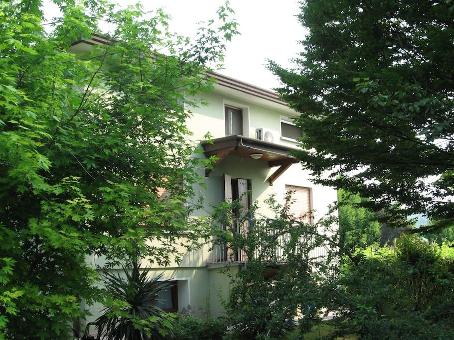 casa accogliente con giardino loft in affitto a farra di